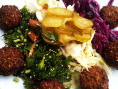 Vegans: Eat at Yummba! Best Fast Food, Vegan Fast Food, Vegan Foods, Vegan Recipes, Sydney Food, Restaurant, Food Court, Vegan Options, Vegan Dinners