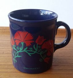 Marimekko Vintage Red Flower Blue Mug Made in England Marimekko, Red Flowers, Mugs, Tableware, How To Make, Blue, Vintage, Dinnerware, Tumblers