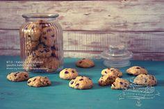 Csokis-mogyorós keksz recept | Kabóca a konyhában Stuffed Mushrooms, Jar, Vegetables, Food, Stuff Mushrooms, Essen, Vegetable Recipes, Meals, Yemek