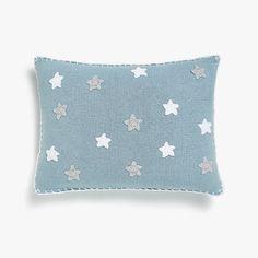 Zdjęcie produktu Szara szydełkowa poszewka na poduszkę dekoracyjną w białe gwiazdki