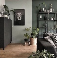 La imagen puede contener: mesa, planta e interior Simple Living Room Decor, Living Room Green, Green Rooms, Home Living Room, Dining Room Colors, Interior Desing, Room Color Schemes, New Room, Cozy House