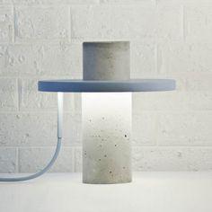Totem concrete lamp, by Alexandre Dubreuil.