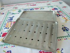 """Vintage Kitchen- Small, 2 Piece Aluminum Broiler Pan or Tray, 10 3/4"""" x 8 1/4"""""""