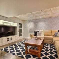 Blue dream basement - traditional - Basement - Montreal - Melyssa Robert Designer