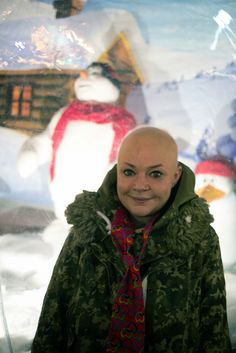 Lives & Times Fundraising Book : Fun at Winter Wonderland with Gail Porter Supporting The Lives & Times