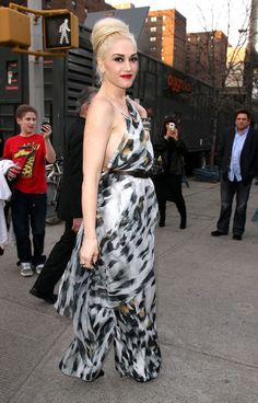 Gwen Stefani. Rockin' Style Icon.  dressologyhq.blogspot.com