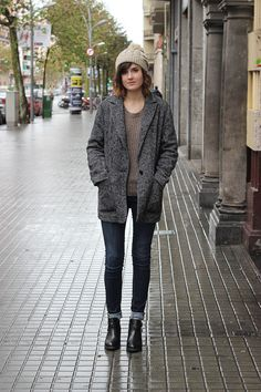 chelsea boots with rolled up jeans