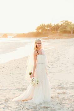 Beach bride: http://www.stylemepretty.com/little-black-book-blog/2014/11/24/elegant-puerto-vallarta-beach-wedding/ | Photography: Figlewicz - http://figlewiczphotography.com/