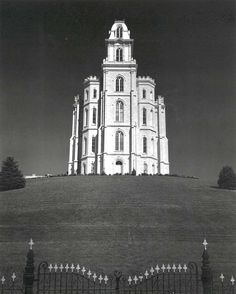 Find the latest shows, biography, and artworks for sale by Ansel Adams. Ansel Adams is widely regarded as one of the most famous photographers of all time, p… Mormon Temples, Lds Temples, Ansel Adams Photography, Nature Photography, Urban Photography, Color Photography, Sierra Nevada, Famous Photographers, Landscape Photographers