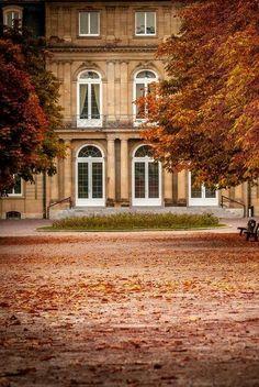 Manor Autumn