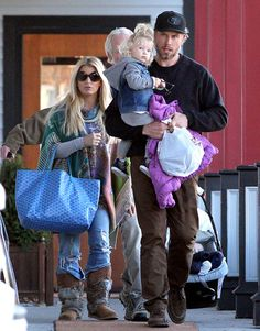 Jessica Simpson, fiance Eric Johnson and daughter Maxwell (with baby boy Ace hidden from view) go out to lunch in Johnson's hometown of Boston.
