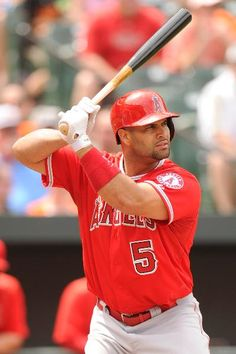 The World's Highest-Paid Athletes Albert Pujols Albert Pujols, Best Baseball Player, Better Baseball, Mlb Uniforms, Angels Baseball, Beautiful Men Faces, Mike Trout, Softball Mom, Sports Images
