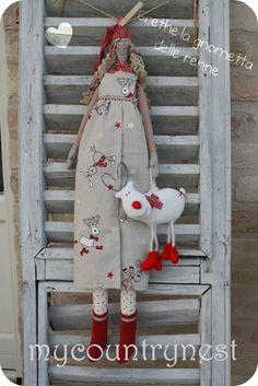 Pattern: Grethe the doll, queen of reindeer- doll pattern-nordic elf doll pattern-Crhistmas doll pattern - Mandeep Madden Dolls Elf Doll, Doll Toys, Dolls Dolls, Tilda Toy, Doll Tutorial, Sewing Dolls, Little Doll, Doll Maker, Soft Dolls