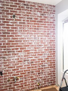 20 Awesome Brick Walls in the Bathroom - DIY Home Design Brick Wall Drawing, Painted Brick Walls, Brick Wall Wallpaper, Brick Wallpaper, Faux Walls, Diy Faux Brick Wall, Bricks Diy, Diy Wall, Brick Wall Bedroom