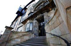 Top Ten Charles Rennie Mackintosh sites in Glasgow German Architecture, Historical Architecture, Architecture Plan, Architecture Details, Scotland Street, Glasgow Scotland, Charles Rennie Mackintosh, Glasgow School Of Art, Art School