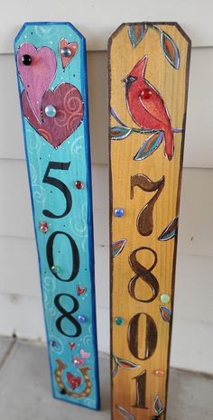 Yard Art Crafts, Wood Crafts, Fence Board Crafts, Diy Wood, Picket Fence Crafts, Fence Boards, Painted Boards, Painted Wood Signs, Painted Pallet Art