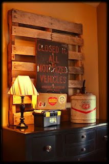 I love this pallet as dresser decor for my little boys room. Adorable!