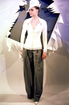1999 - Galliano 4 Dior Couture Show -