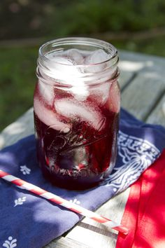 Blueberry Juice | Sips for Summer | FamilyFreshCooking.com © MarlaMeridith.com