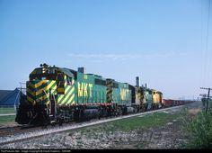 RailPictures.Net Photo: MKT 218 Missouri, Kansas & Texas Railroad (Katy) EMD GP40 at Saginaw, Texas by David Hawkins - KB5WK