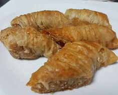 Greek Sweets, Greek Desserts, Greek Recipes, Greek Pastries, Filo Pastry, Sweets Cake, Confectionery, Cake Cookies, Deserts