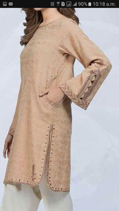 Stylish Dress Book, Stylish Dresses For Girls, Fancy Dress Design, Stylish Dress Designs, Simple Pakistani Dresses, Pakistani Dress Design, Pakistani Fashion Party Wear, Pakistani Outfits, Indian Fashion