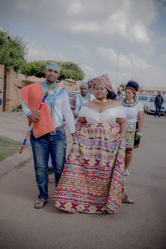 Bontle Bride is a wedding magazine/blog with a favour of culture. Featuring real weddings, tips and advice. | Ndebele-Xhosa Wedding Xhosa Attire, African Attire, African Dress, African Print Wedding Dress, African Traditional Wedding Dress, Wedding Blog, Wedding Things, Wedding Gowns, South African Weddings