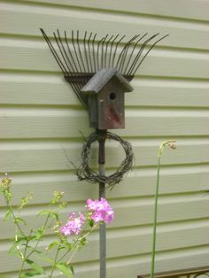 Pictures of Yard Art - Deco......did I already ask? - Birds & Blooms Community                                                                                                                                                                                 More