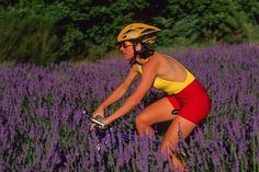 Are you considering exploring the French countryside by bike? Here are some beautiful places that are just perfect for cycling in France. Sainte Foy, Bmx Street, Burgundy Wine, French Countryside, Cycling Jerseys, Stay In Shape, Road Cycling, Cycling Outfit, Sport