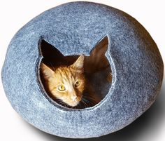 Meowfia Premium Felt Cat Cave (Large) - Eco-Friendly 100% Merino Wool Cat Bed - Cat Shape Entrance - Soft and Comfy Beds for Large Cats and Kittens ** You can get more details by clicking on the image. (This is an affiliate link and I receive a commission for the sales)