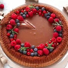 Pane senza impasto o no knead bread Cheesecake Recipes, Dessert Recipes, Vegan Tarts, No Knead Bread, Sweets Cake, Desserts To Make, Food Goals, Cupcakes, Aesthetic Food