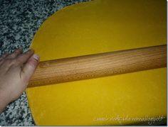 La Cucina Emiliana: Pasta fresca all'uovo tirata con il mattarello - r...