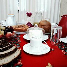 Mais um café de natal 🎄   Já virou tradição #amo .  .  .  .  .  #motog #tumblr #vsco  #inxtalove #motog1 #happy #amo #love  #fotoarte #dreamlovi #driamt #ftgrafia #vscocam #natal #marychristmas  #vspin16 #cafedamanha #red #cafedenatal