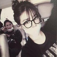 SNSD Yoona and Tiffany