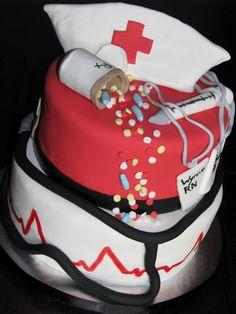 Nurses cake and cupcakes Nurse Cupcakes, Cupcake Cakes, Medical Cake, Cake Images, Creative Cakes, Cake Art, Nurses, Holiday Fun, Graduation