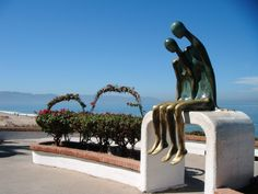 5 reasons to honeymoon in Mexico.