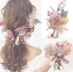 @weddingnews_editorのInstagram写真をチェック • いいね!1,611件 Flower Hair Accessories, Wedding Hair Accessories, Floral Hair, Floral Crown, Wedding Images, Wedding Styles, Bridal Makeup, Bridal Hair, Hairdo Wedding