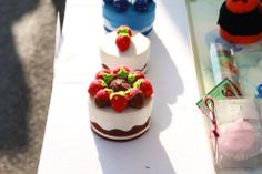 line of cakes