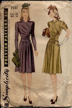 Vintage 1941© Misses and Womens Dress. This is an ideal dress for town or informal dining out. The graceful surplice bodice gathers to a shaped inset