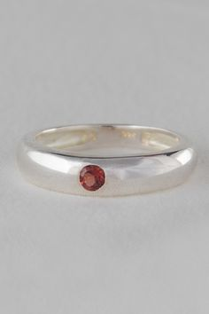 925 Sterling Silver Ring with Garnet