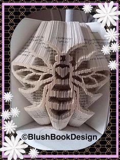 Manchester Worker Bee Book Folding Pattern PDF Digital Download by BlushBookDesign on Etsy Folded Book Art, Paper Book, Paper Art, Manchester Worker Bee, Book Folding Patterns Free, Cut And Fold Books, Old Book Crafts, Origami Frog, Book Sculpture
