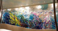 David Ruth's fused glass wall at Tongatapu restaurant in Tokyo