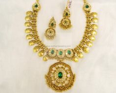 Necklaces / Harams - Gold Jewellery Necklaces / Harams (NKQV0034PD) at USD 9,393.03 And EURO 8,566.26