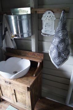 I like the tap idea. I think that could work well for a hand washing station. Just need to top them up throughout the day. would also work for the mud kitchen possibly? Cottage Garden Plan, Cottage Garden Design, Cottage Gardens, Outside Toilet, Outdoor Toilet, Small Attic Bathroom, Eclectic Bathroom, Cabin Design, House Design
