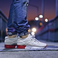 asics gel lyte v 8 ball on feet