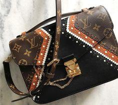 Louis Vuitton 'Pochette Métis' | IG, pinterest - @lxrps