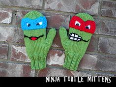Everybody will want a pair of these super cool Teenage Mutant Ninja Turtle mittens! Start knitting now because every time a TMNT fan see's them you'll have to make another pair! So fun to make. Kids Knitting Patterns, Hand Knitting, Crochet Patterns, Knitting Tutorials, Knitting Machine, Hat Patterns, Vintage Knitting, Stitch Patterns, Knitted Mittens Pattern