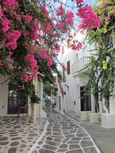 Mykonos #Greece Ask us to help you plan your dream trip there today! info@croftglobaltravel.com