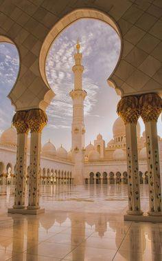 Abu Dhabi, United Arab Emirates, Grand Mosque Sheikh Zayed