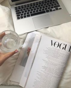 """""""comfy vibe for the weekend"""" Aesthetic Photo, Aesthetic Pictures, Simple Aesthetic, Black And White Aesthetic, Insta Posts, Study Motivation, Monday Motivation, Picture Wall, Photo Wall"""